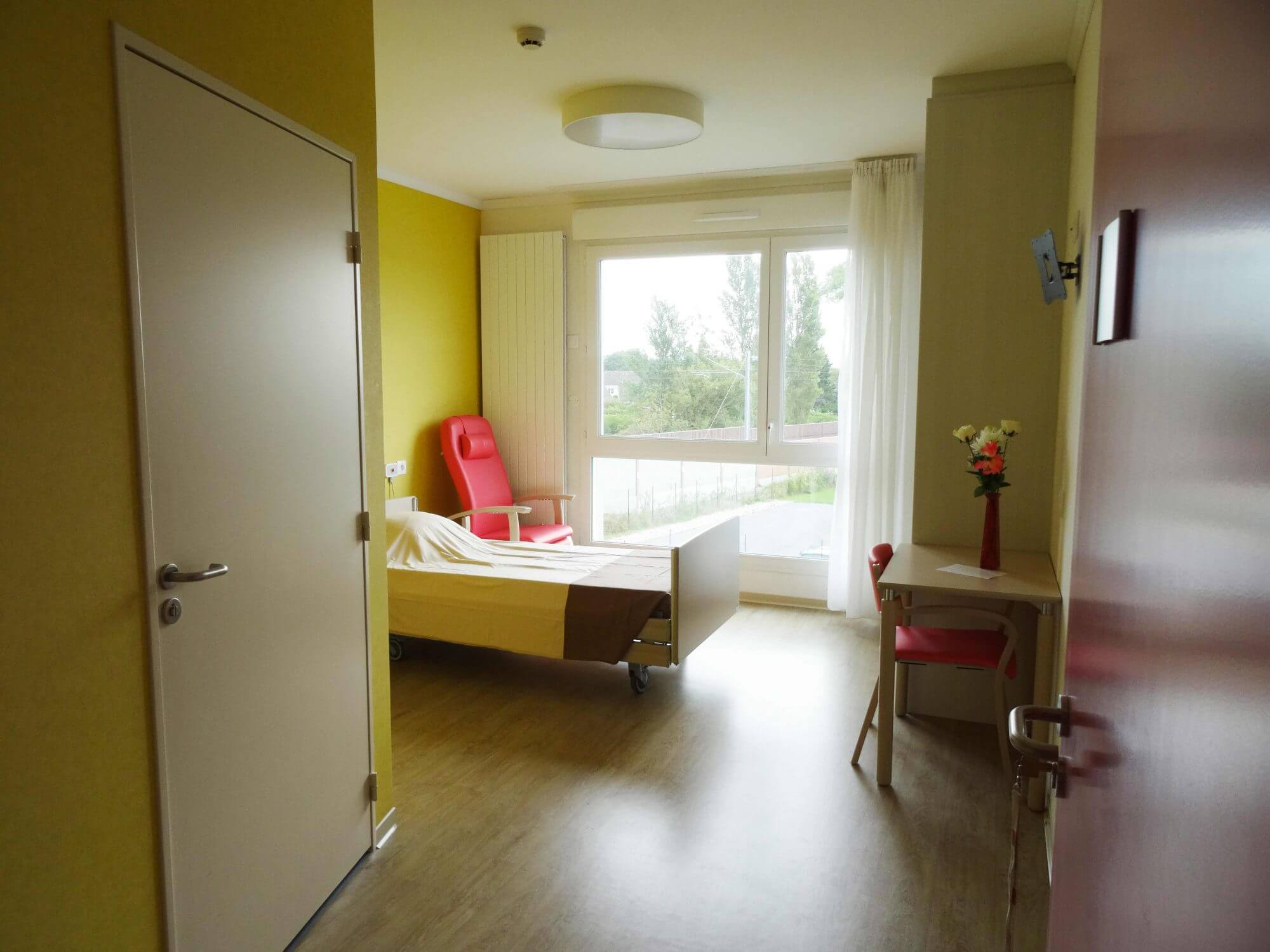 hebergement-chambre-ehpad-les-lilas-residence