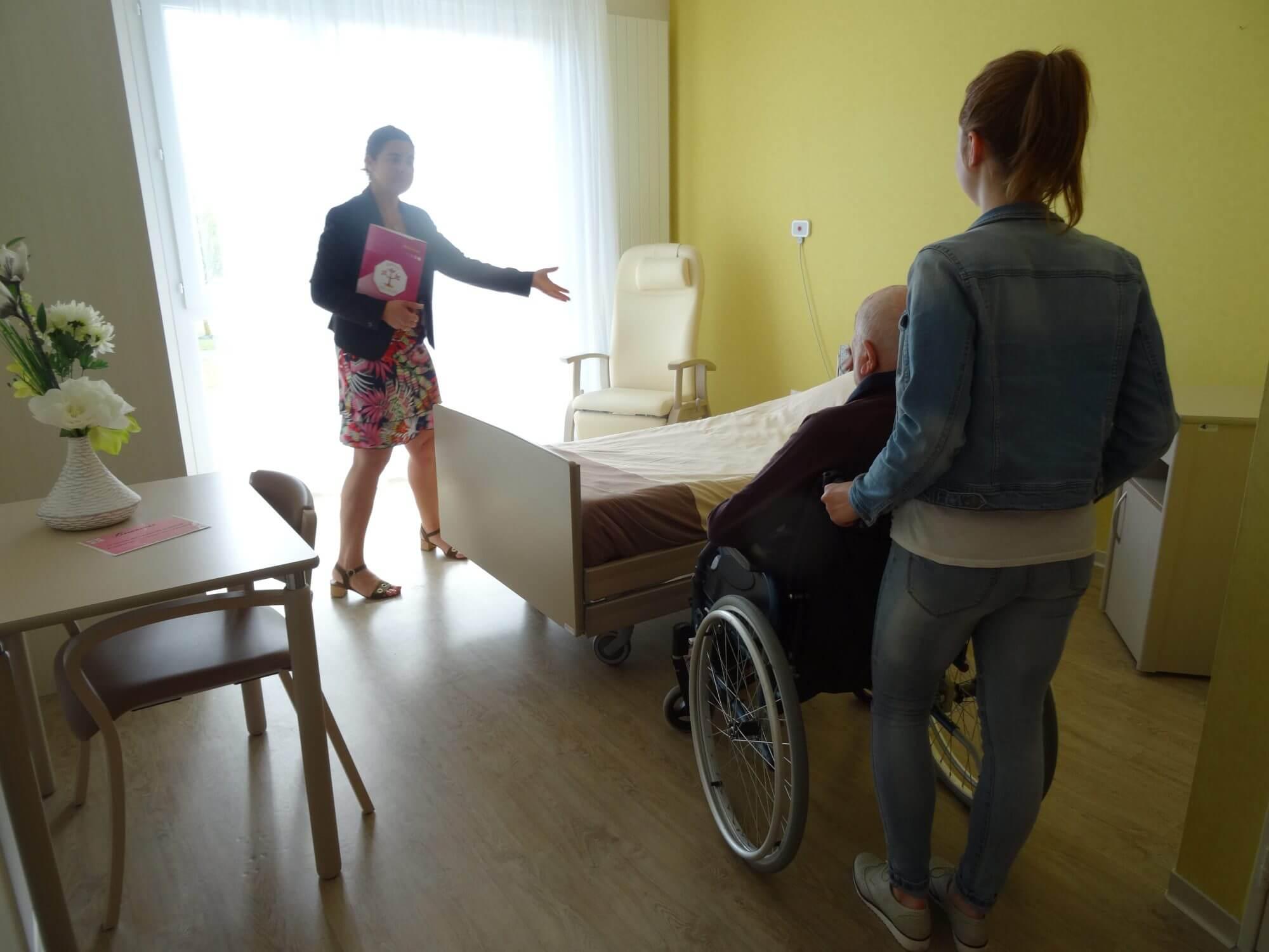 admission maison de retraite pour personnes âgées